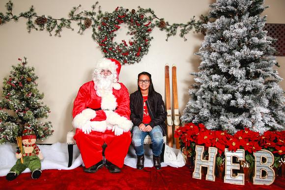 Heb Christmas Eve Hours.Heather Leah Kennedy H E B Santa Claus 2017 Photo 14